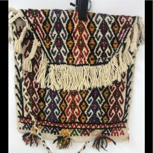Kilm Embroidered Vintage Shoulder Bag